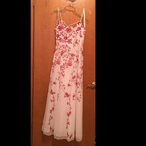 NWT Morgan and Co by Linda Bernell prom dress 3/4